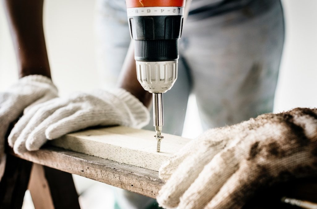 Renovating For The Holidays: Simple Tips To Stay On Budget