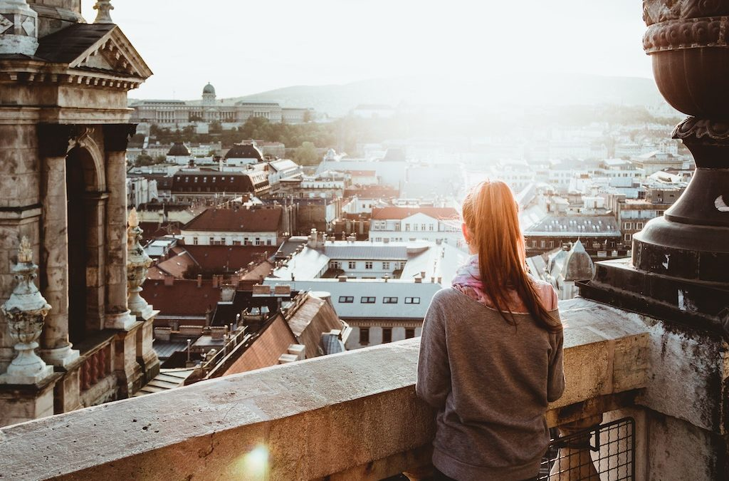 Planning a Getaway? 5 Tips for Booking a Cheap Vacation Package With Reservations.com